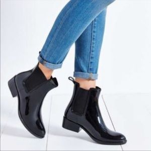 Sam Edelman Black Tinsley Chelsea Patent Rain Boot
